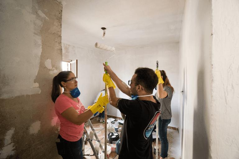 Ação contou com o apoio de voluntários da P&G. Foto: Rafael Yamamoto/Habitat