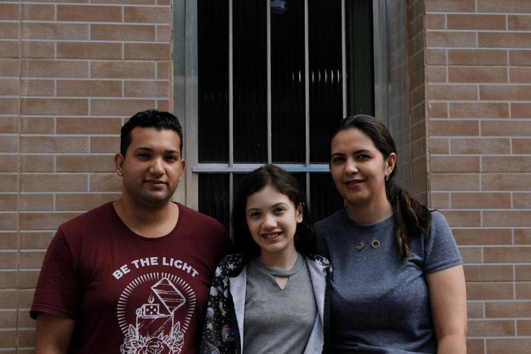 A família da Kátia também foi beneficiada. Foto: Jade Mascarenhas/Habitat Brasil